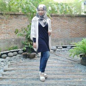 Monochrome~  #ootd #casual #hijab #clozetteID